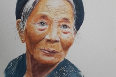 Portrait d'une femme Mong fleurie